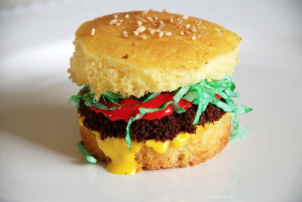 Cupcake Burger by Edible Art