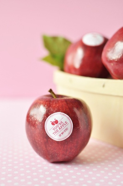 DIY Valentine Fruit Stickers 5 500x753