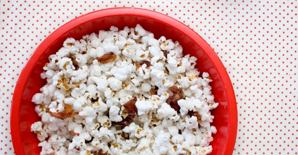 Maple Bacon Popcorn by eatmakeread
