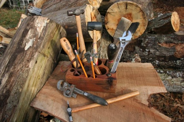 Reclaimed Wood Tool Caddy by The Sawduster