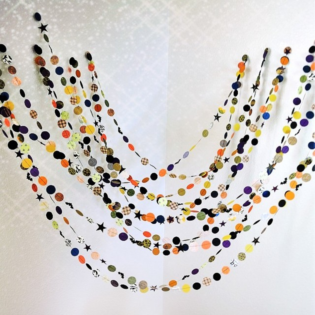 Halloween Paper Garland by MaraMay
