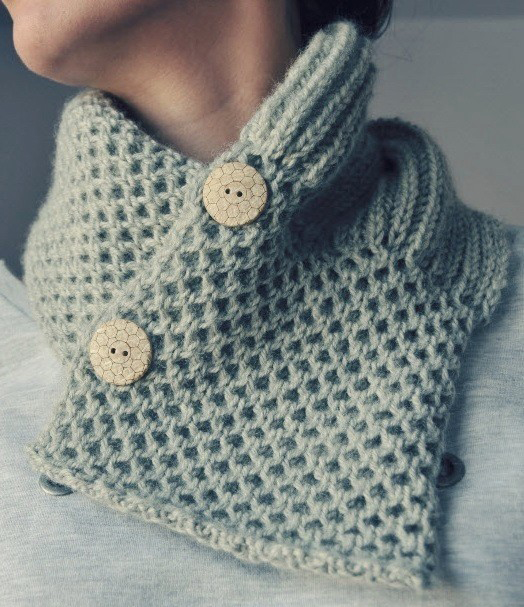 Grey Neckwarmer by Elde