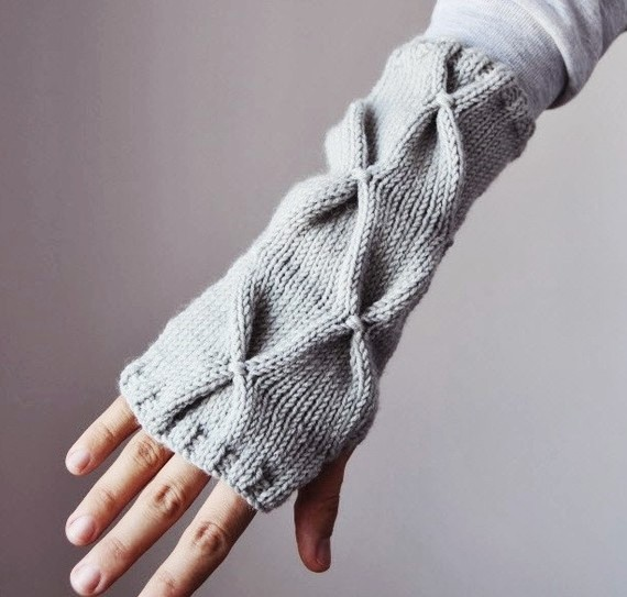Forever Fingerless Gloves by Elde
