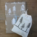Christmas Gift Wrap vy Urban Bird &amp; Co.
